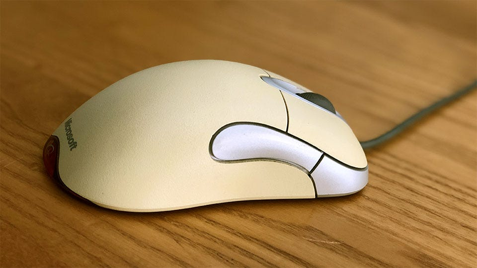 The IntelliMouse Rides Again – Review Geek