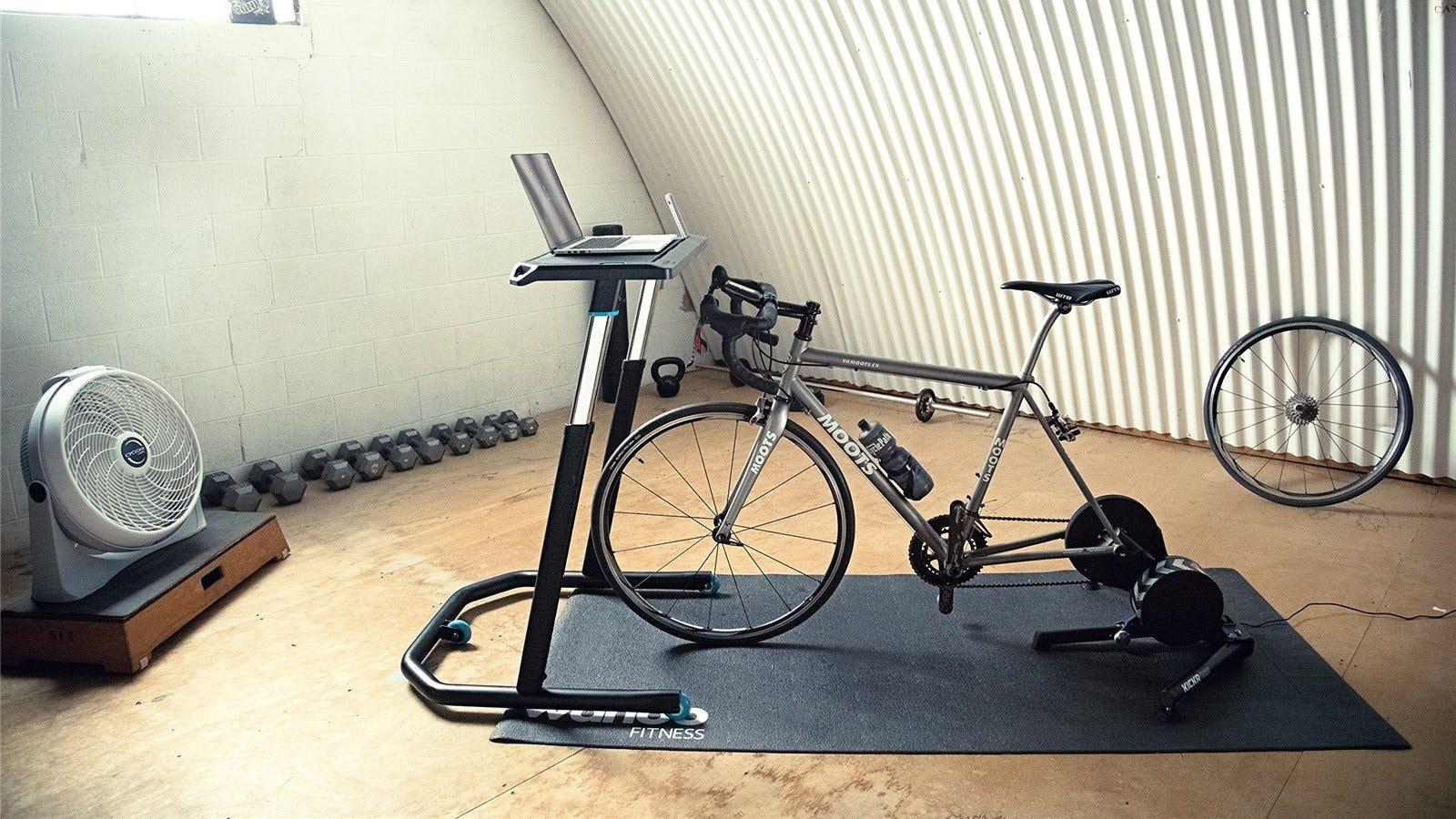 Alles was Sie brauchen, um mit Indoor Cycling