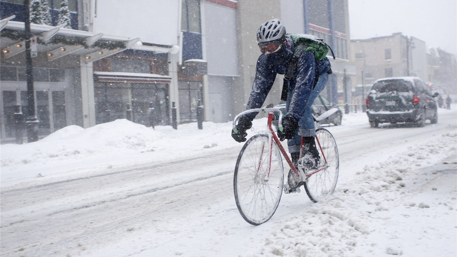 Looks - Winter in cycling what to wear video