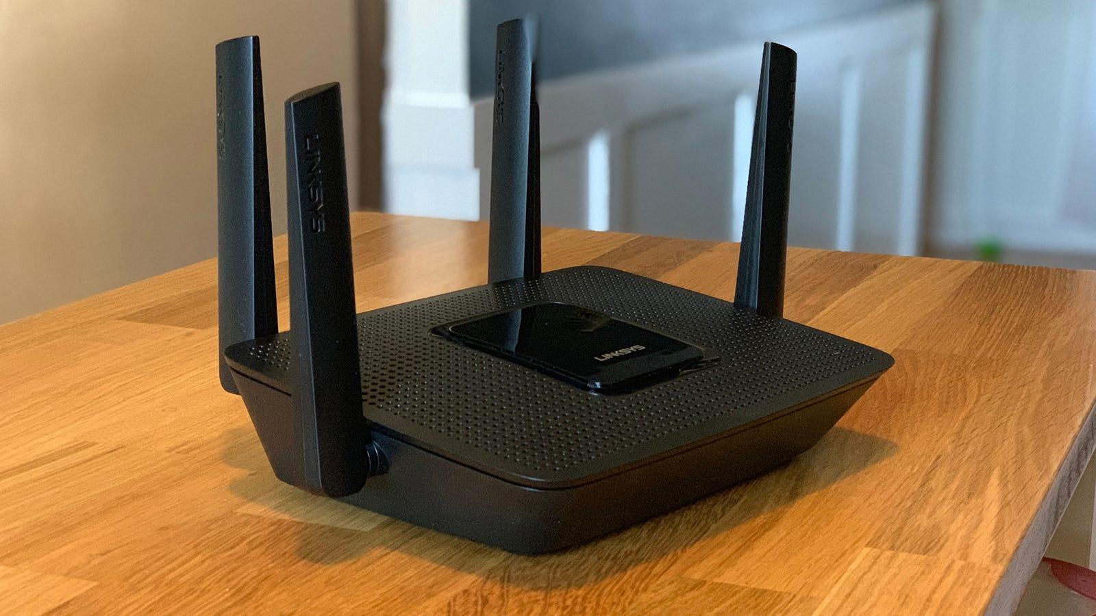 Linksys MR8300 Router Review: Vernetztes WLAN für erfahrene Benutzer