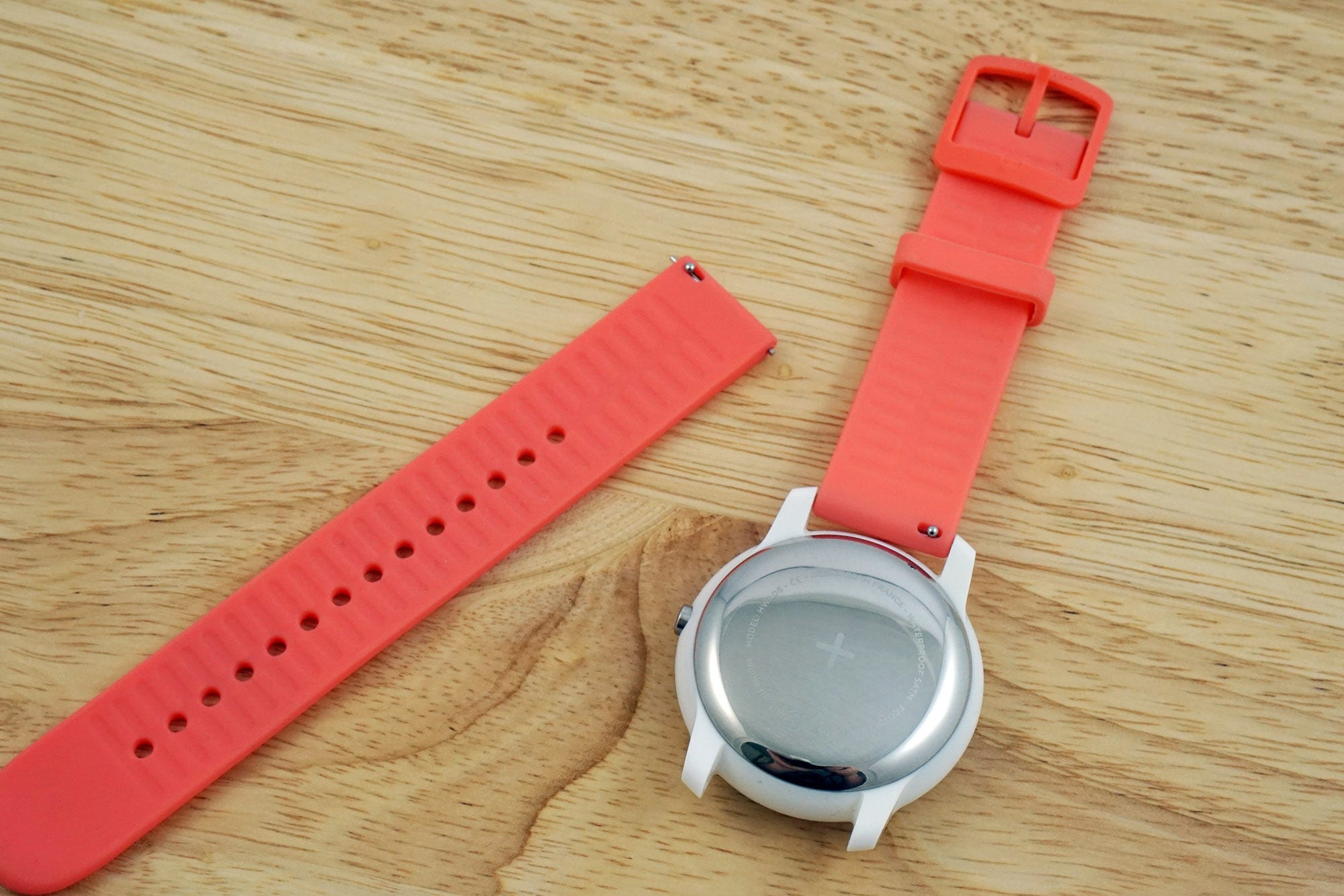 The Move is compatible with standard watch bands, and the included band has quick-release pins.