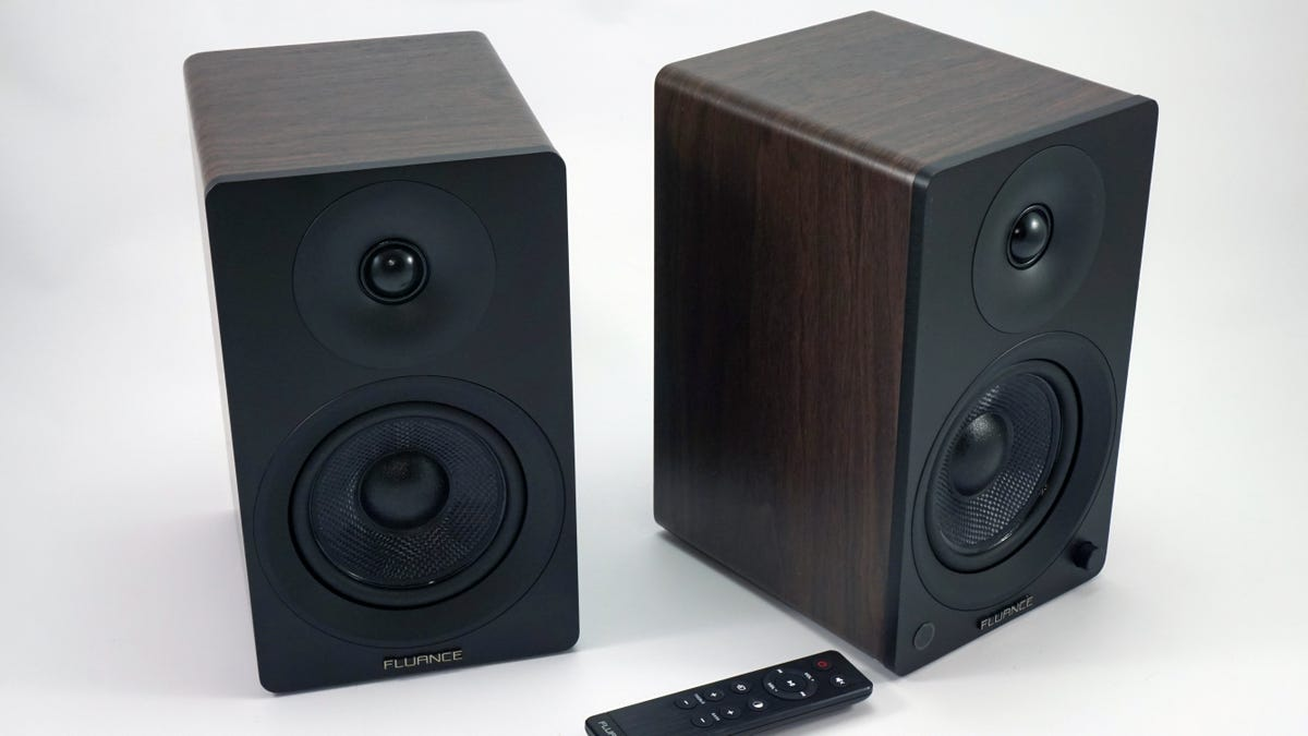 The Fluance Ai40 speakers and remote.