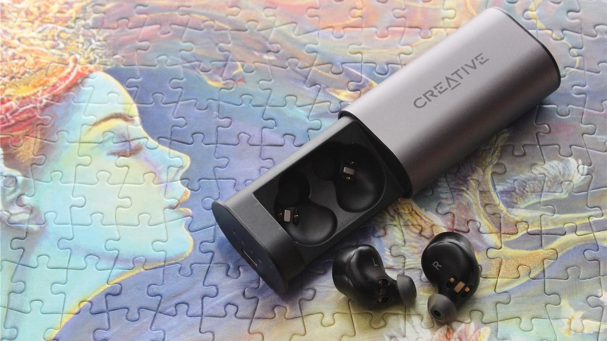 Creative Outlier Air and the case