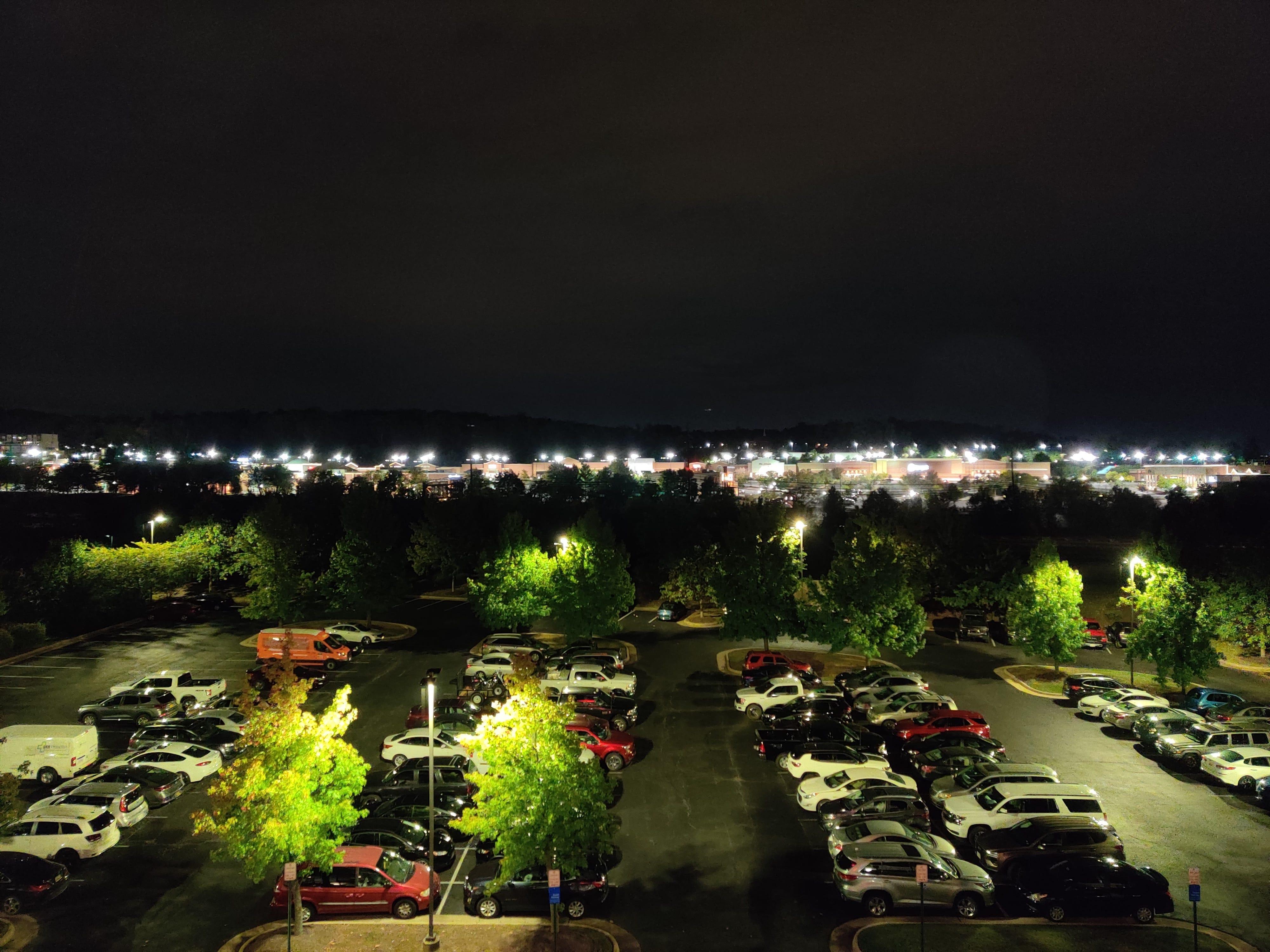 OnePlus 7T camera sample at night