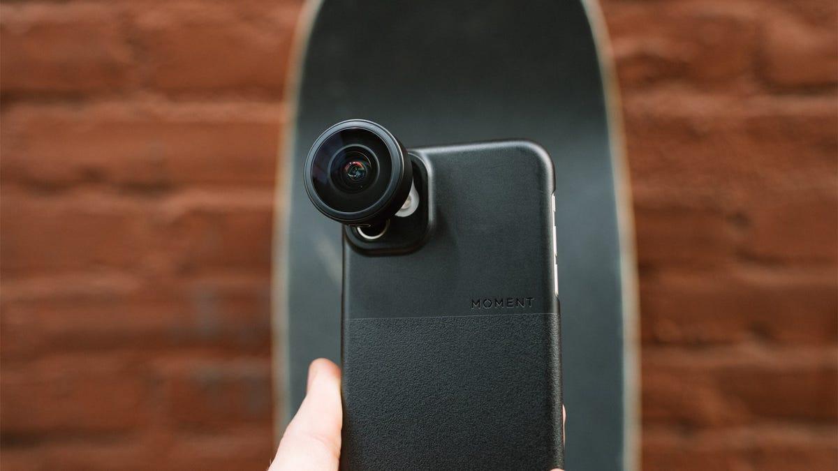 Moment Fisheye 14mm Smartphone Lens on iPhone