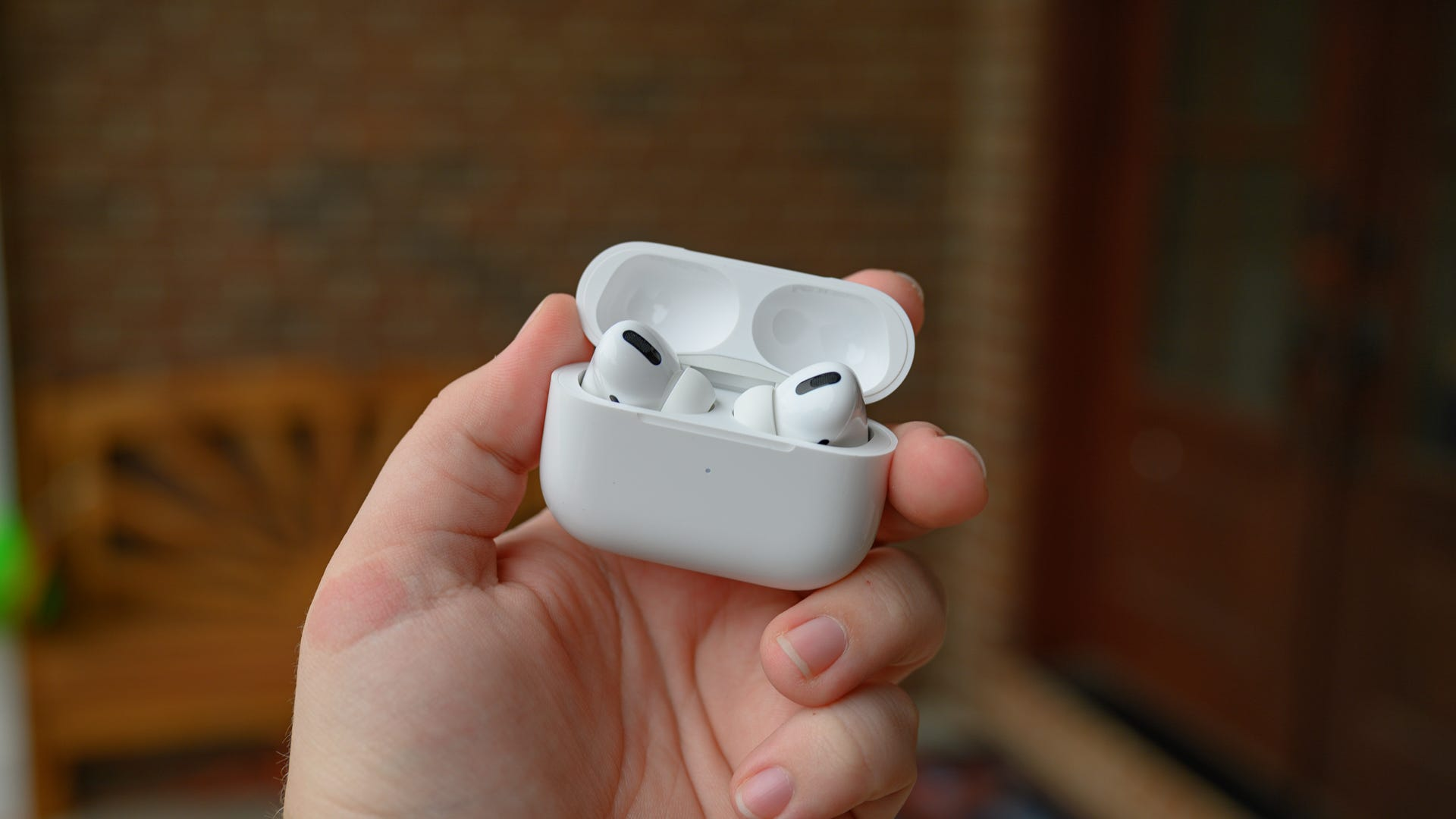 Apple AirPods Pro Case Open