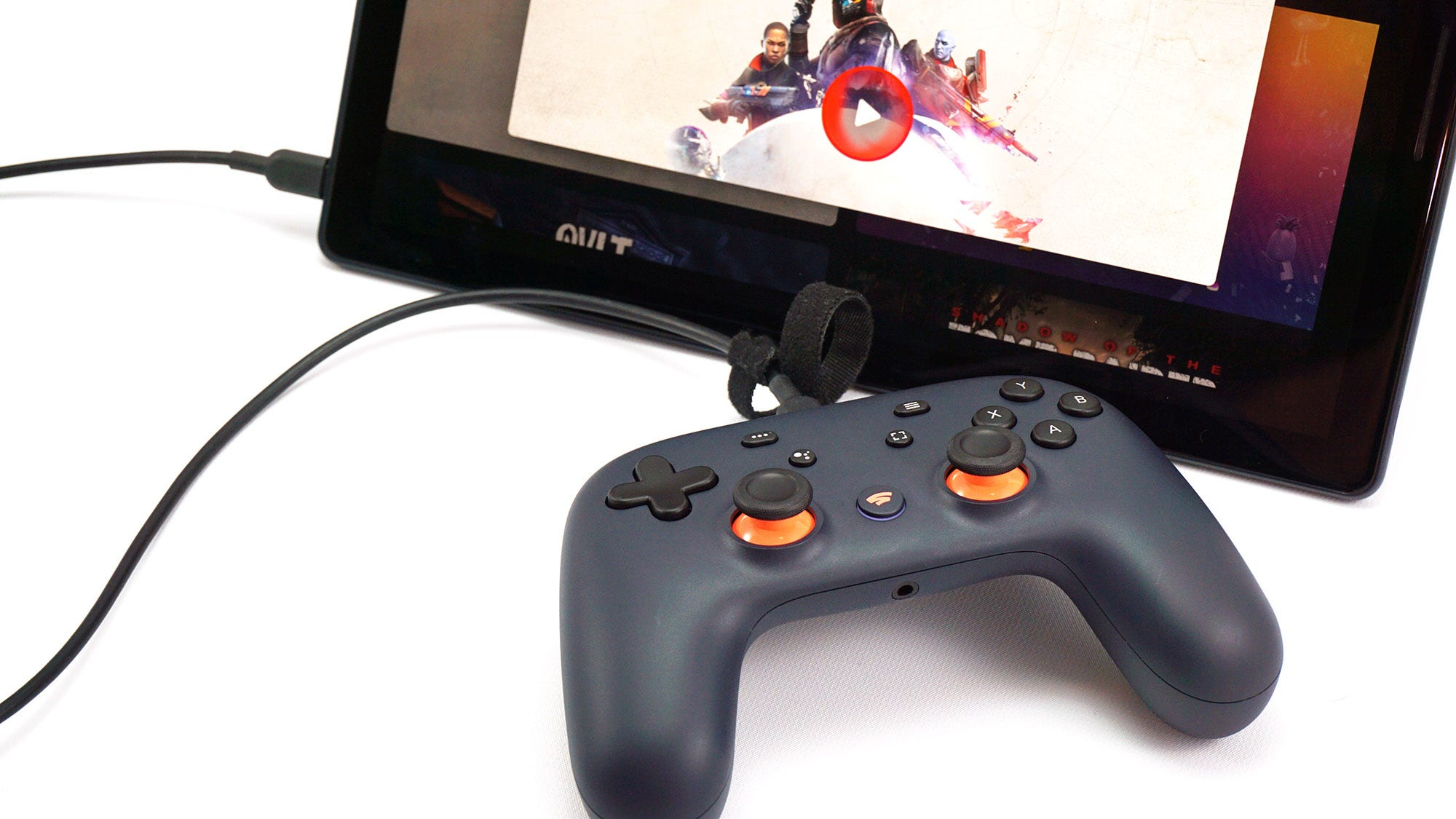 The Stadia controller plugged into a tablet.