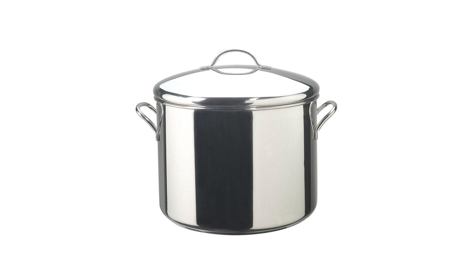 The Farberware Classic Stainless Steel 16-Quart Stockpot with the lid on.