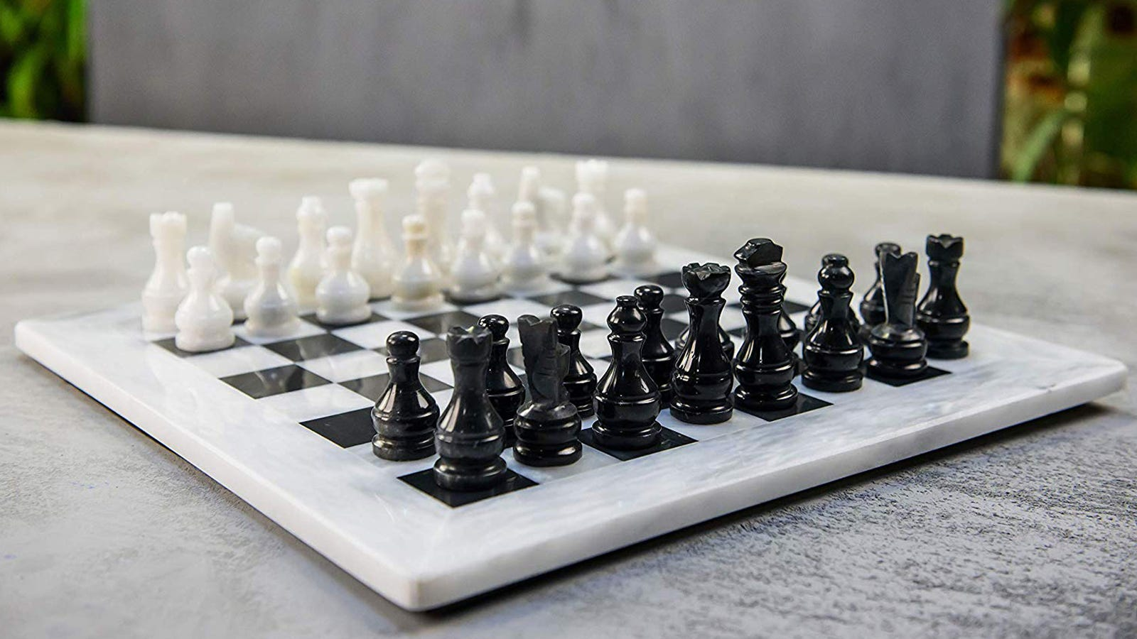 RADICALn Marble Chess Set