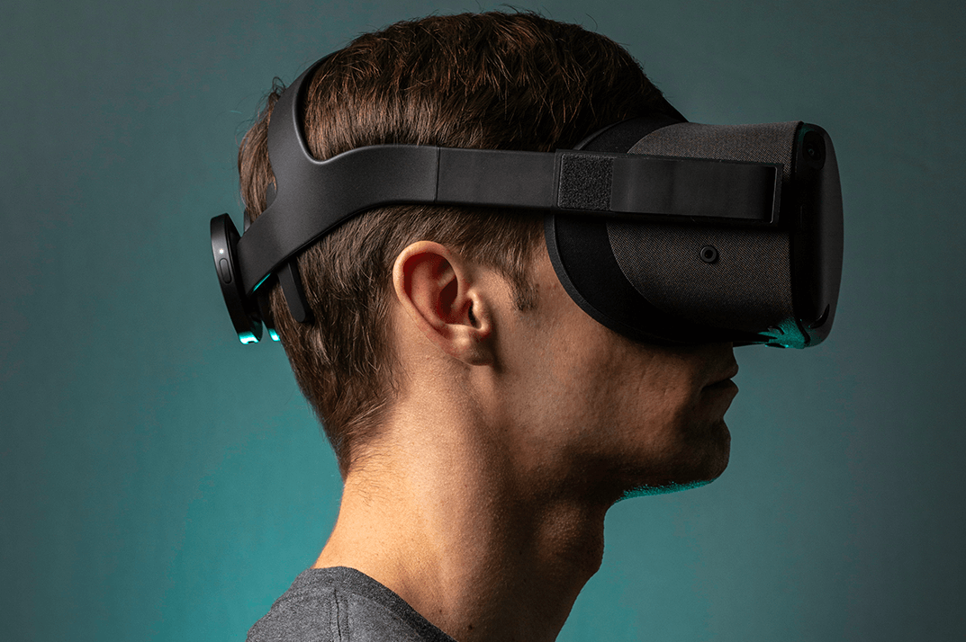 NextMind attached to virtual reality goggles.