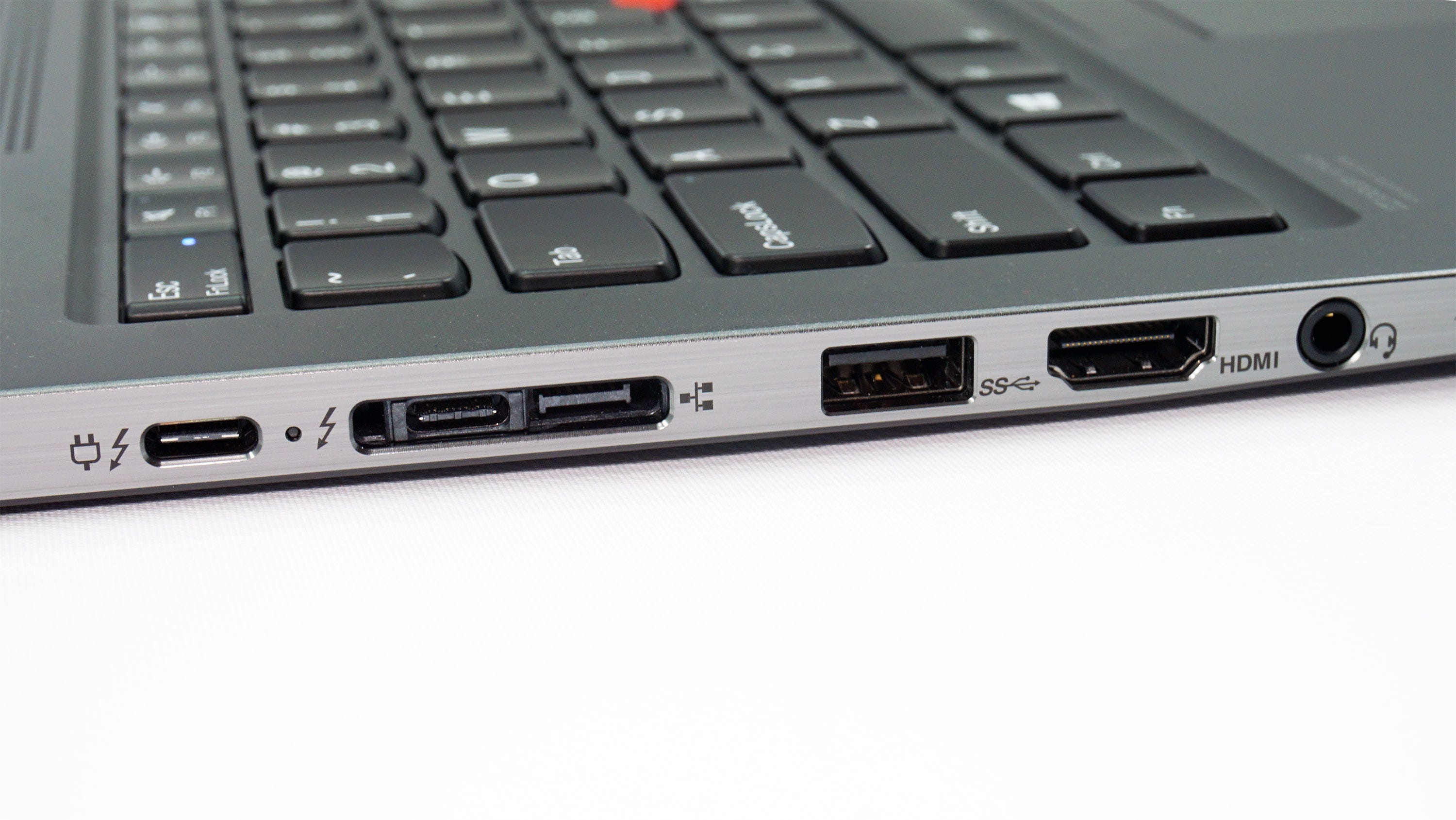 The ports on the left side of the X1 Yoga.