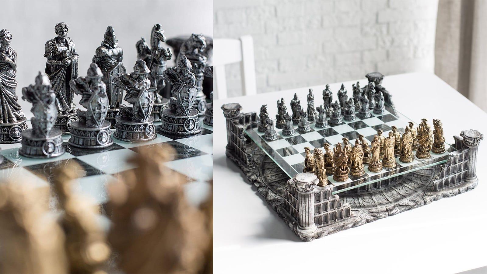 CHH Roman Gladiators Chess Set