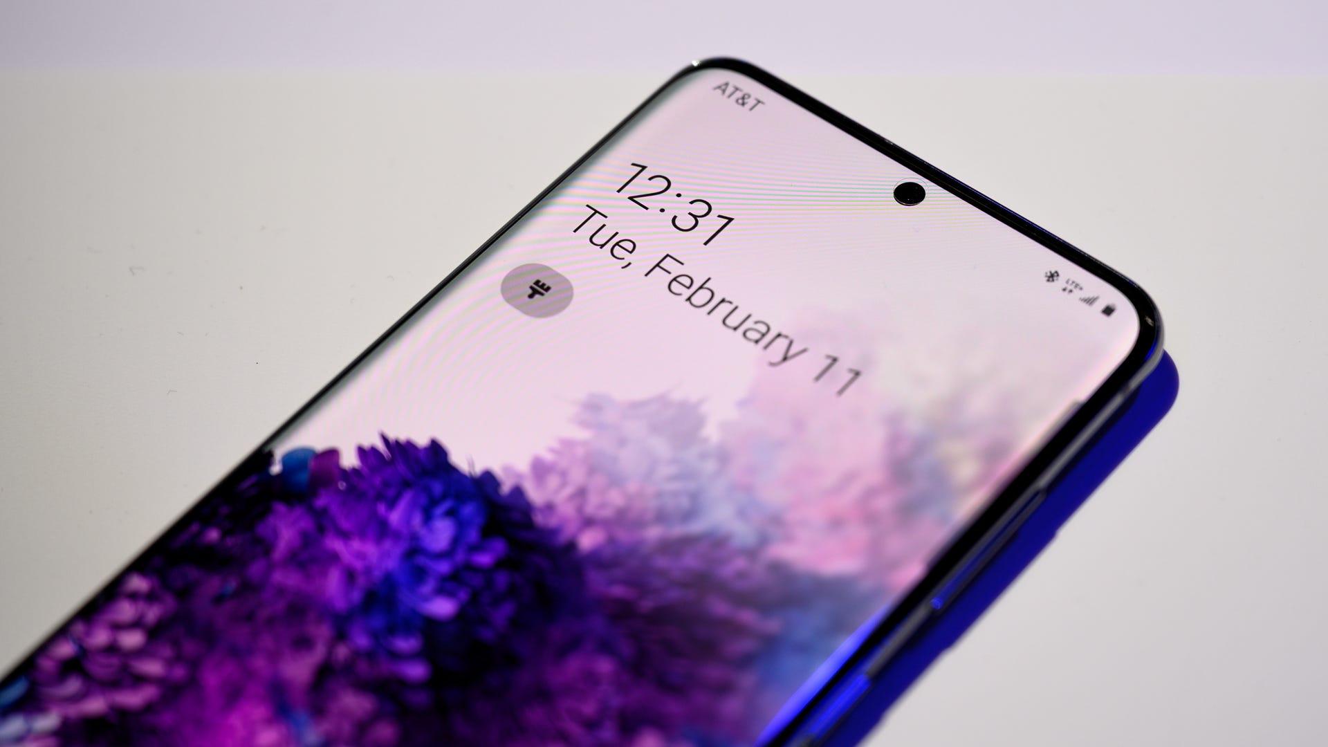 Samsung Galaxy S20 5G Display and Front Facing Camera