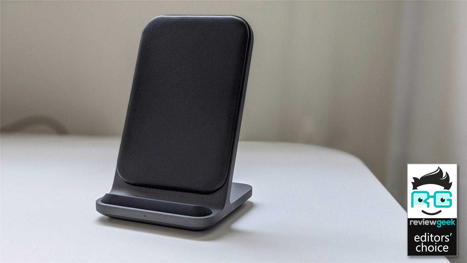 The Nomad Base Station Stand Is The Cadillac Of Wireless Charging Stands Review Geek