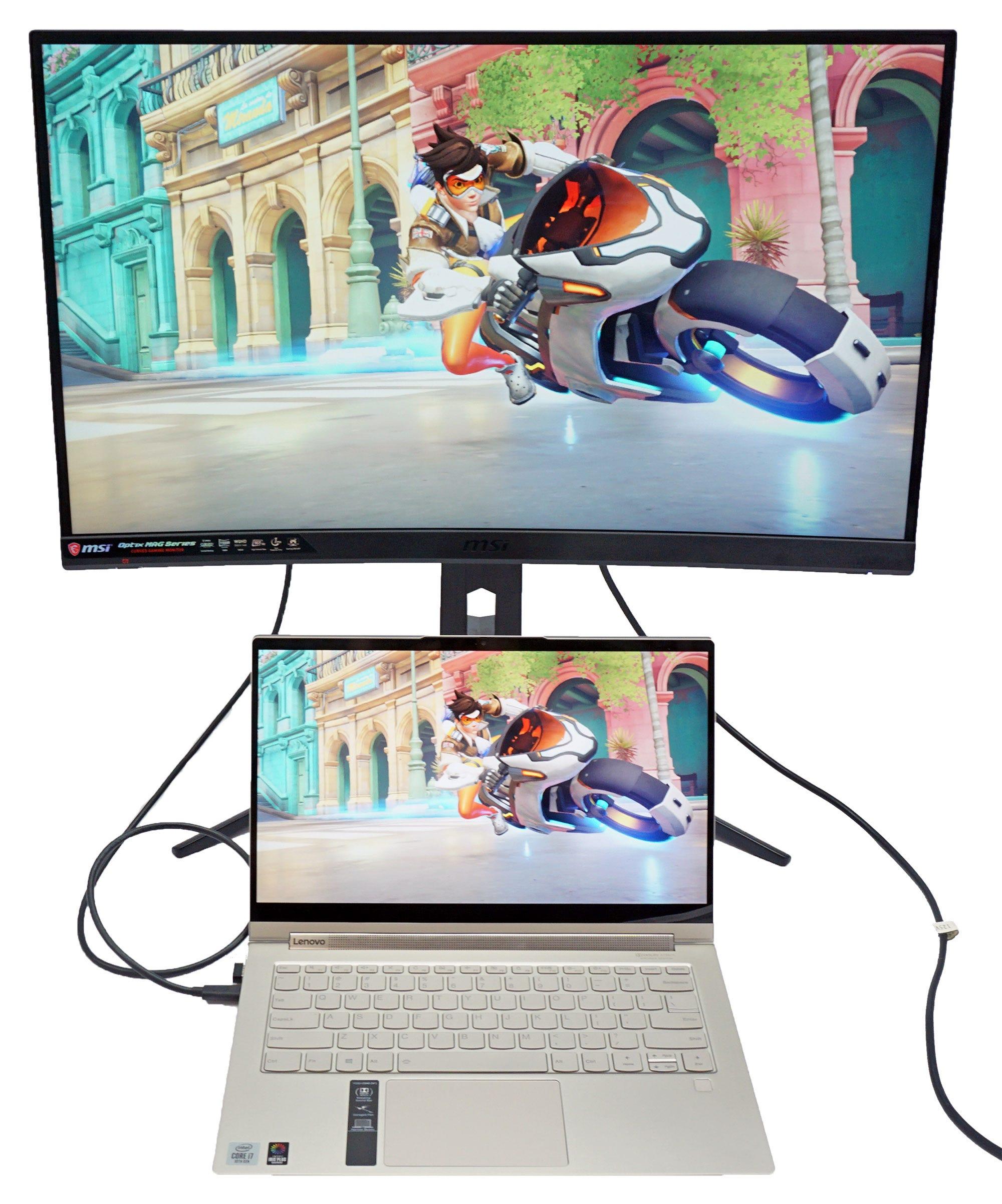 MSI Optix MAG272CQR with a USB-C laptop.