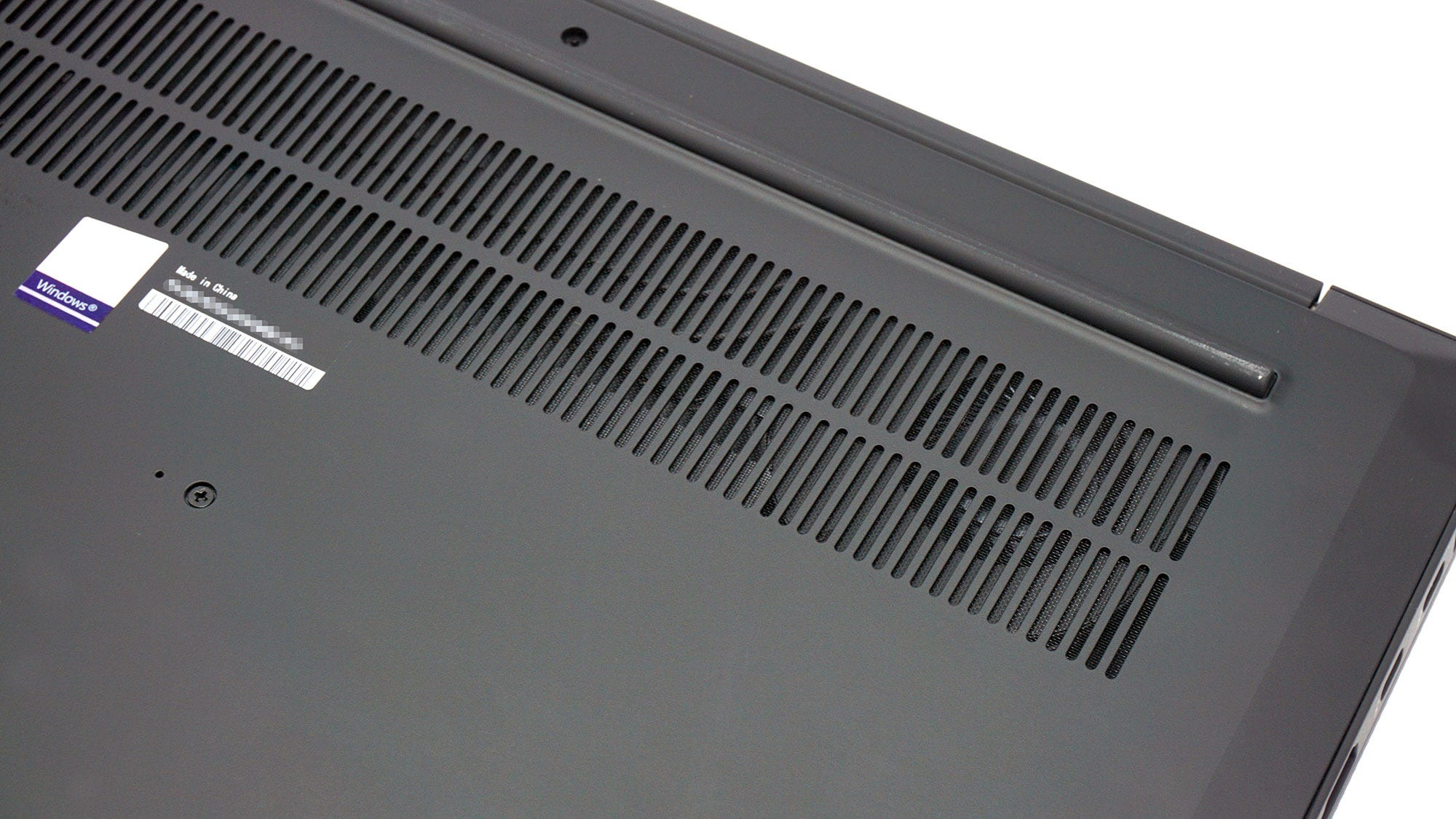 Bottom vents on the X1 Extreme.