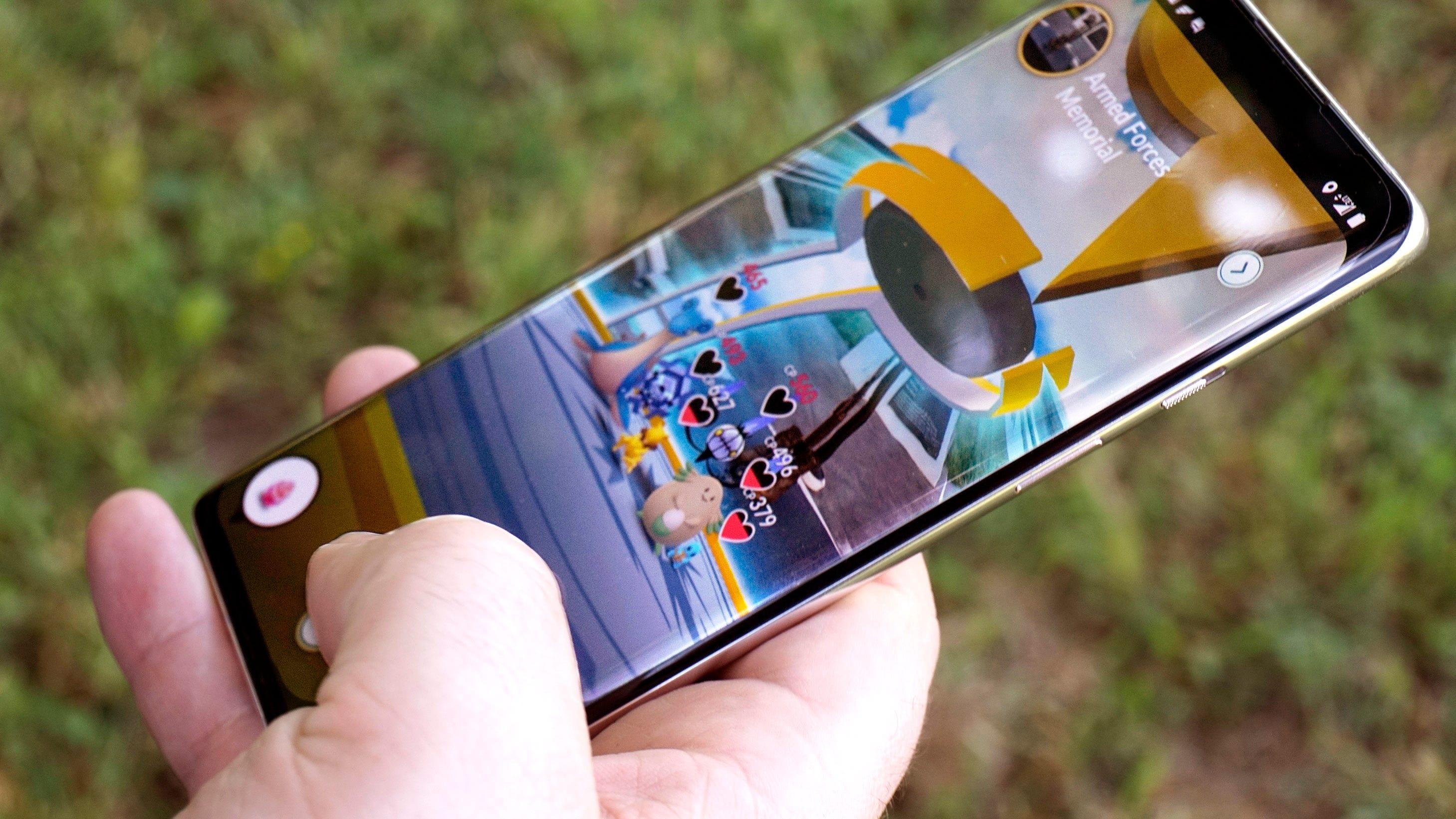 OnePlus 8 playing Pokemon Go