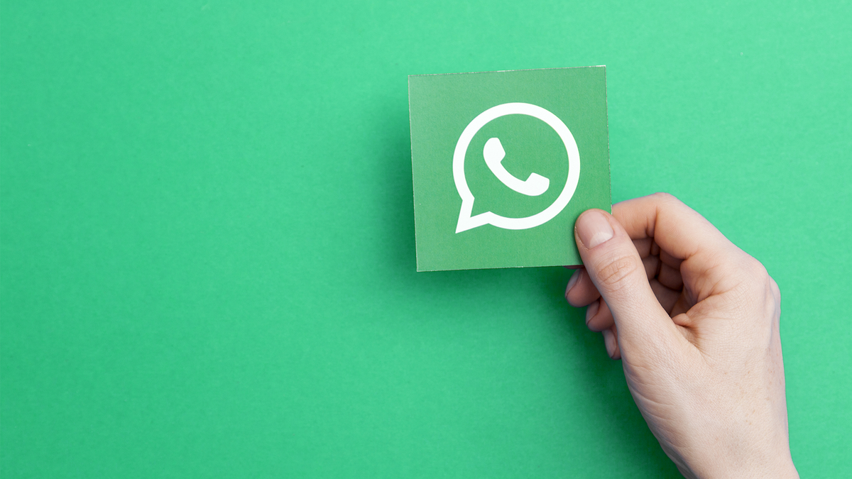 An illustration of the WhatsApp logo.
