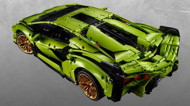 You Can't Afford a Lamborghini, But LEGO's Lambo Sián FKP 37 Is the Next Best Thing