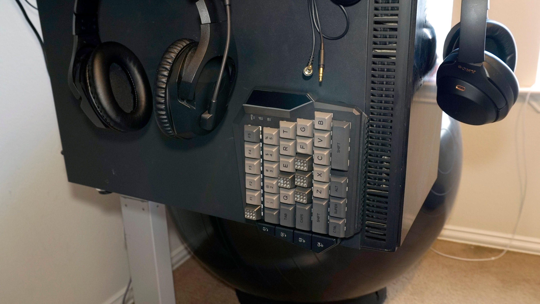 keypad stuck to computer.