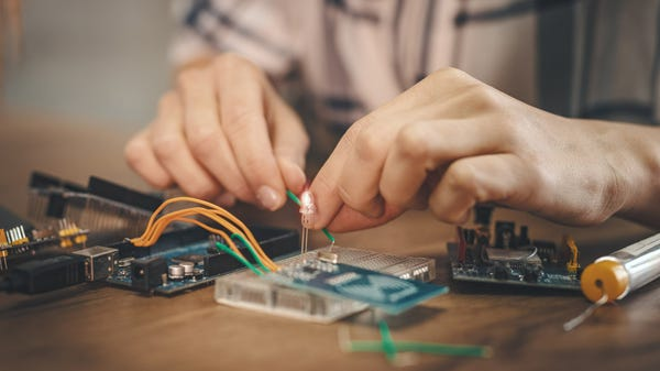 5 Fun and Basic Electronics Projects for Beginners