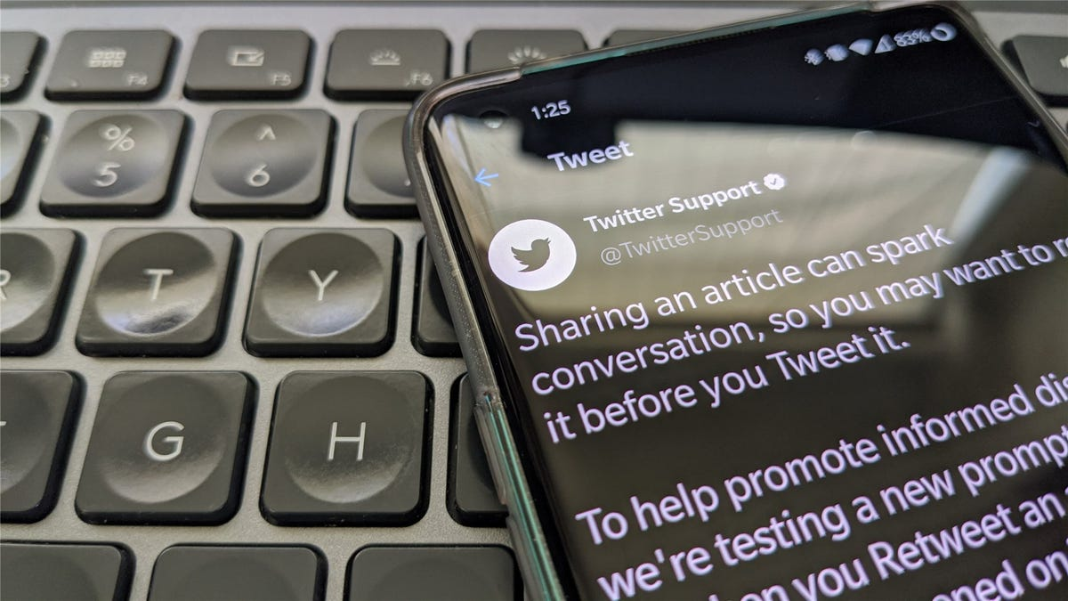 A picture of the Twitter Support account's tweet about the new Android feature