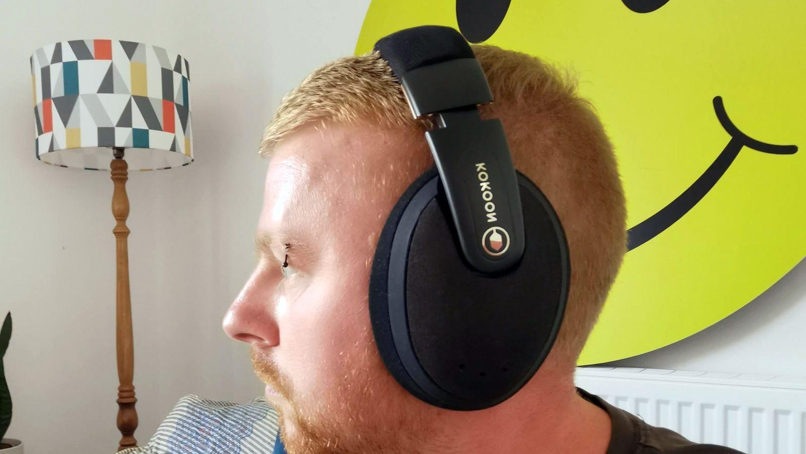 kokoon headphones in use