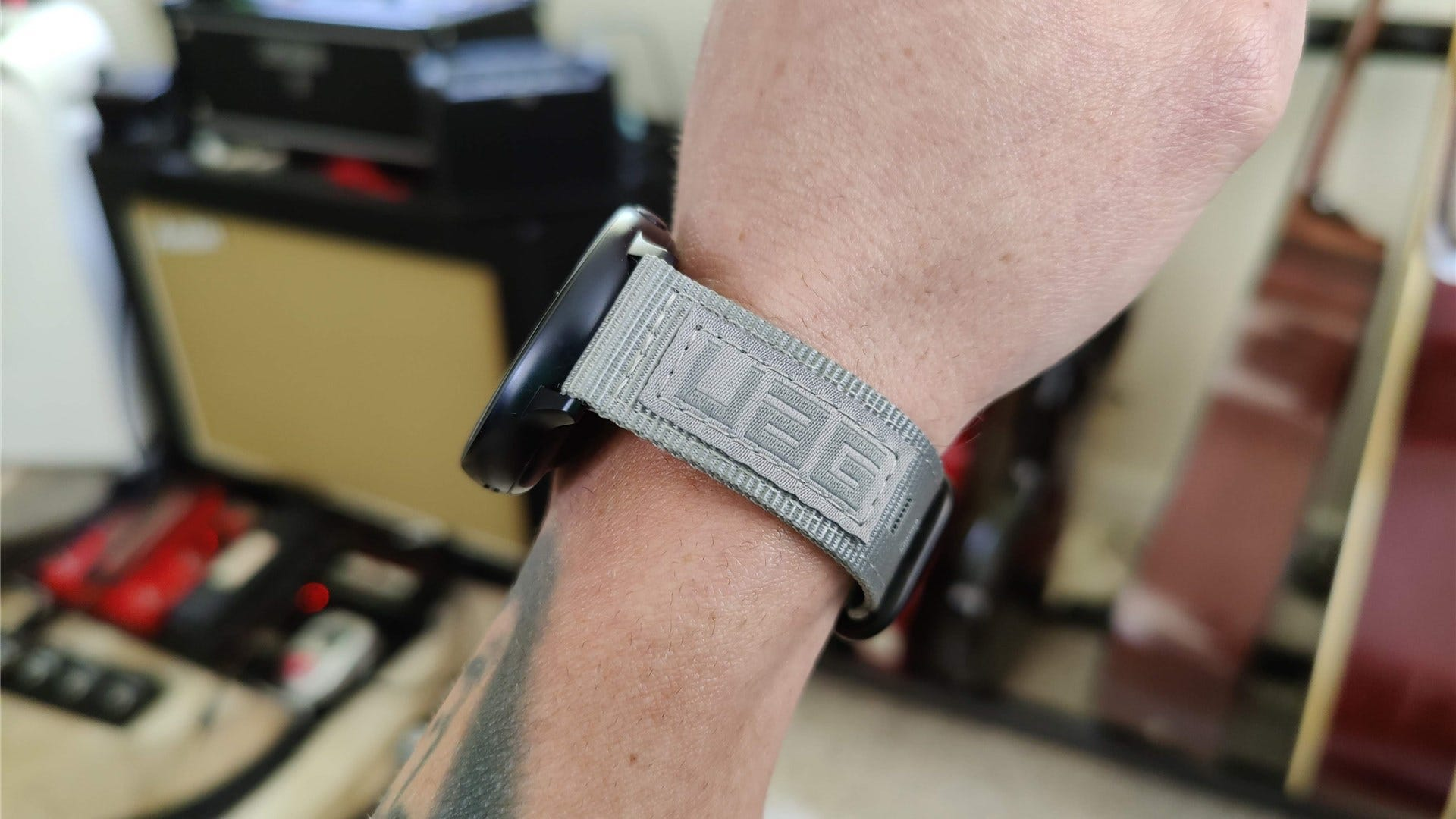 Side view of the UAG Nato band