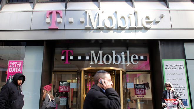 T-Mobile Will Require Phones to Support Voice Over LTE Starting Next Year