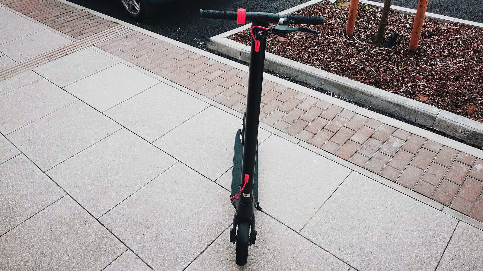 front view of x7 scooter