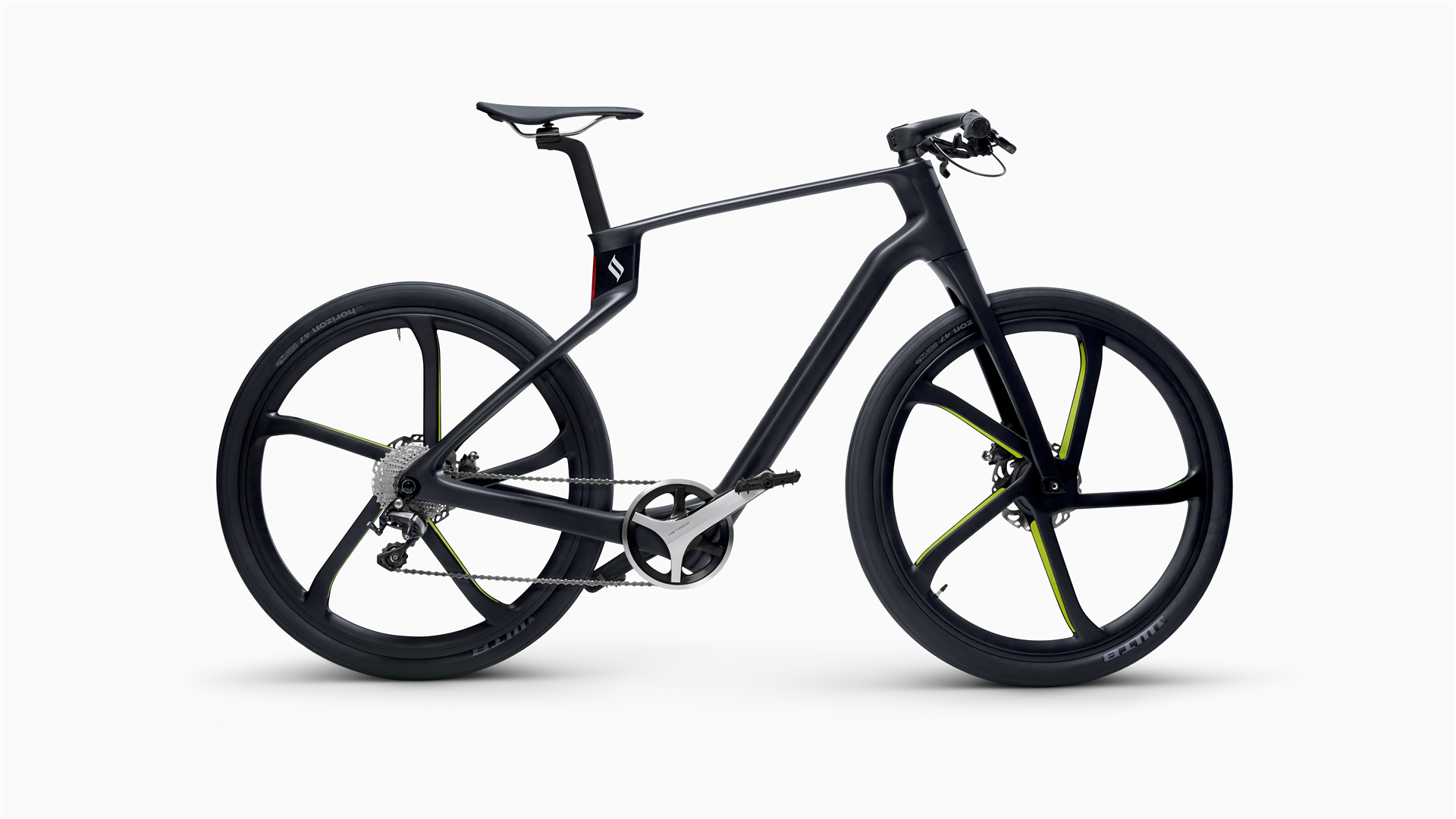 The Superstrata Terra in black with flat bars and big tires