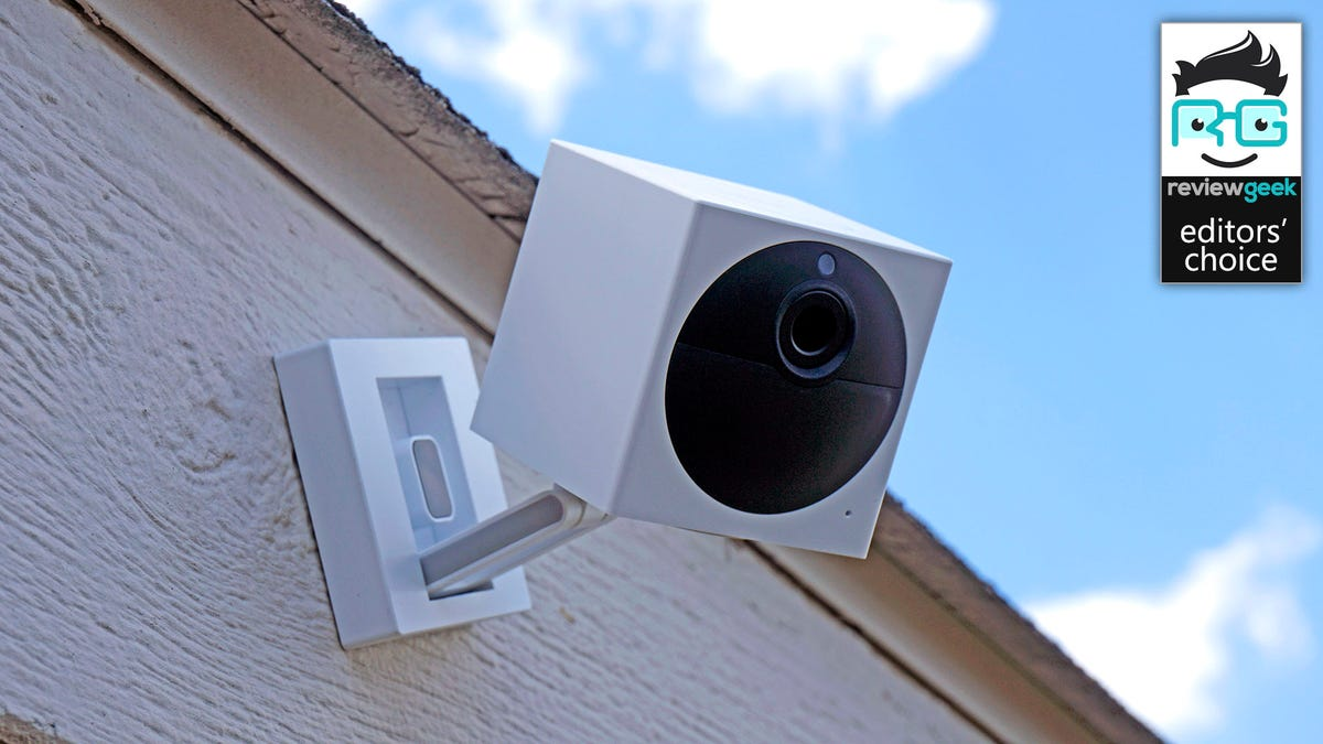 Wyze Cam Outdoor mounted to a wall