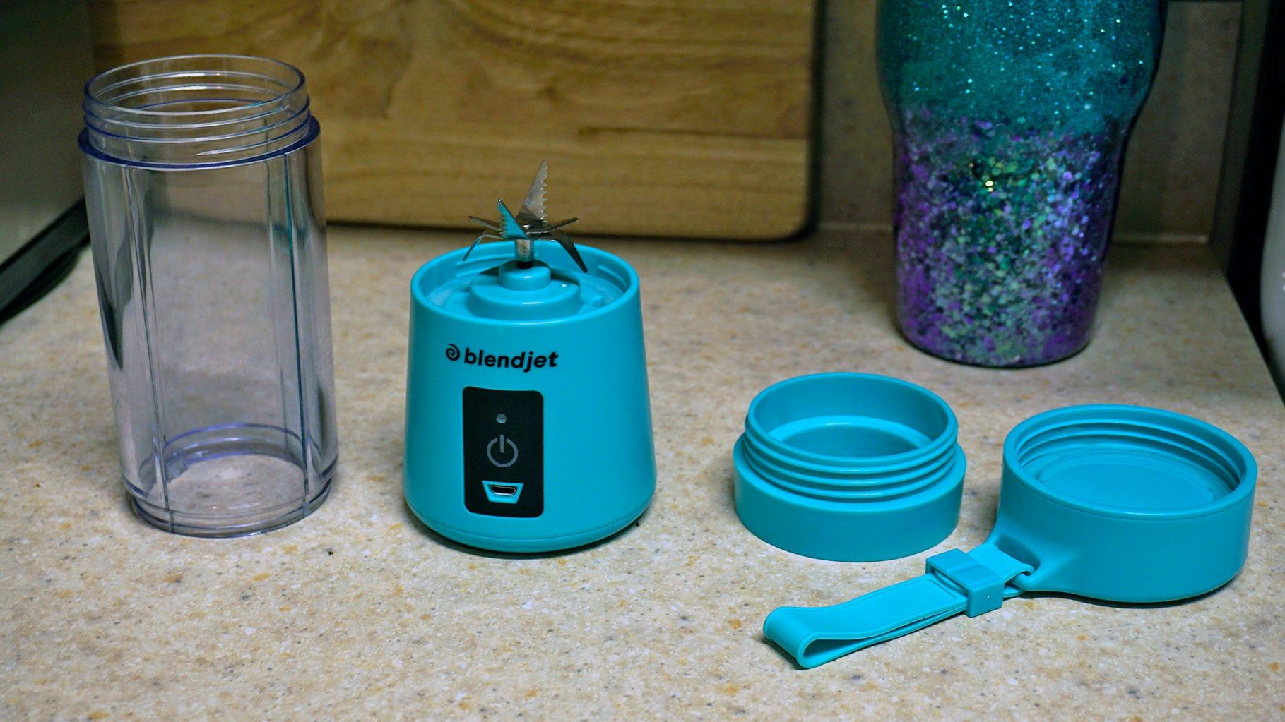 BlendJet One components: motor and blades, cylinder, top, filter.