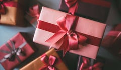 Holiday 2020: The Ultimate Gift Guide Roundup [Continuously Updated]