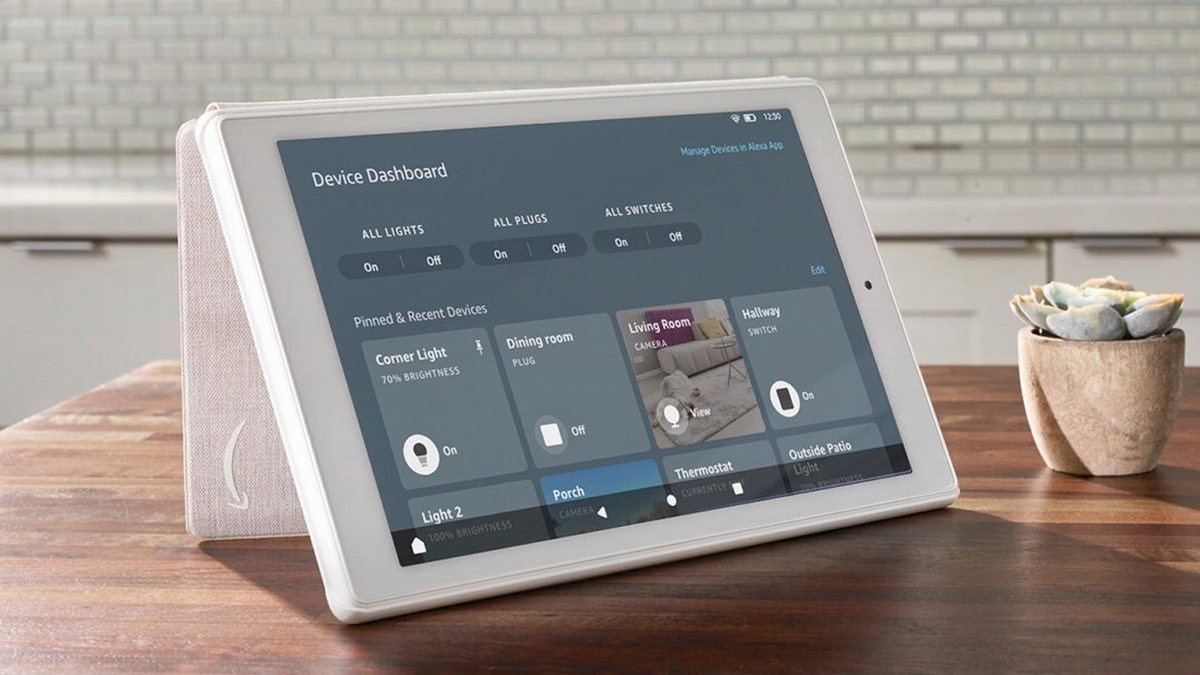 The Fire HD 8 with a Smart Device Dashboard.