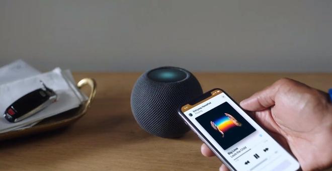 Apple's New $99 HomePod Mini Offers Stellar Audio and Deep Integrations