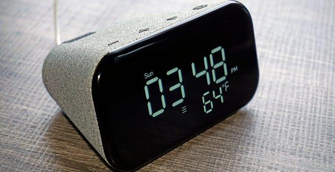 Lenovo Smart Clock Essential Review: Wait for a Sale on the Original
