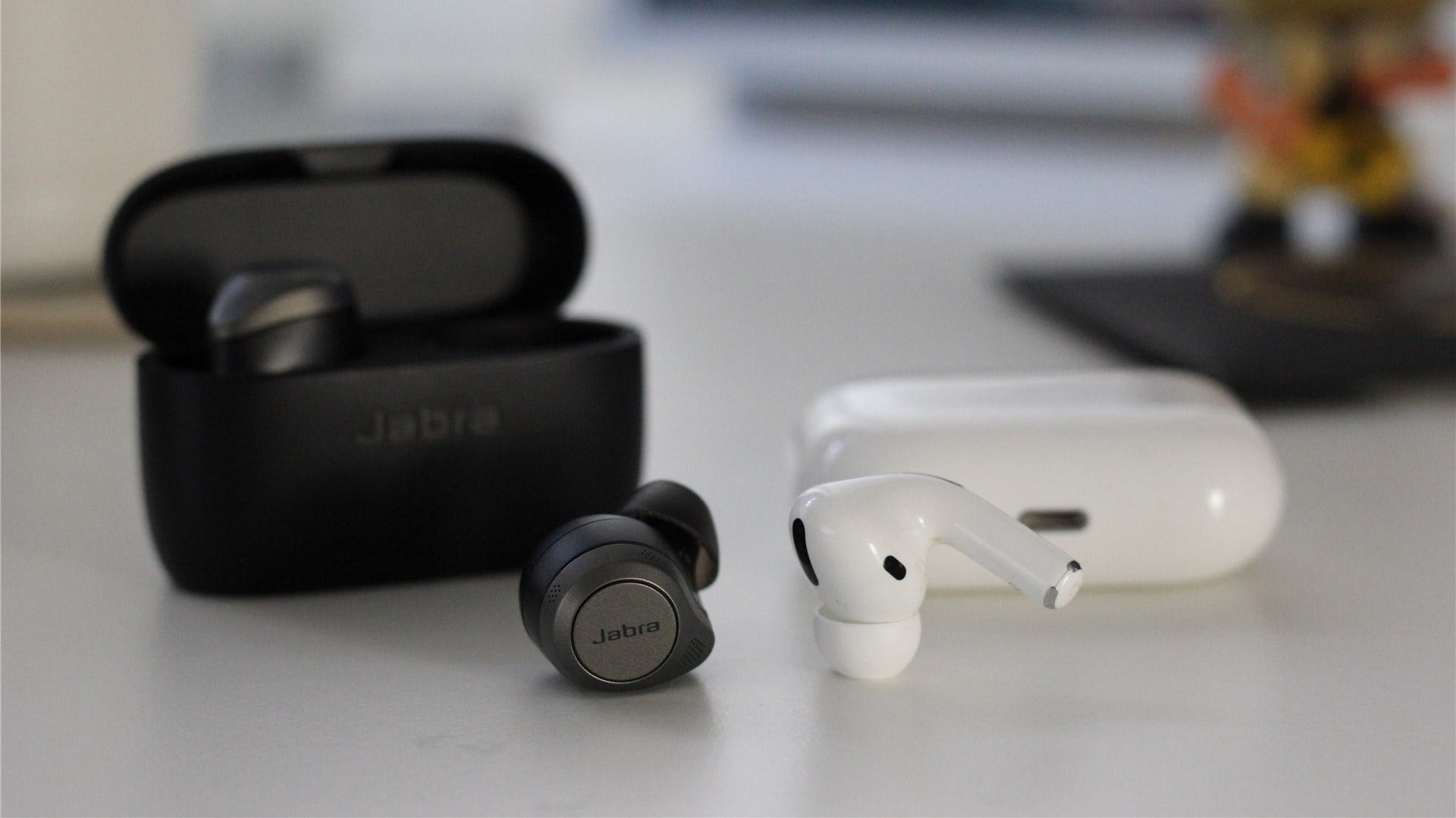 The Jabra Elite 85t compared to the AirPods Pro