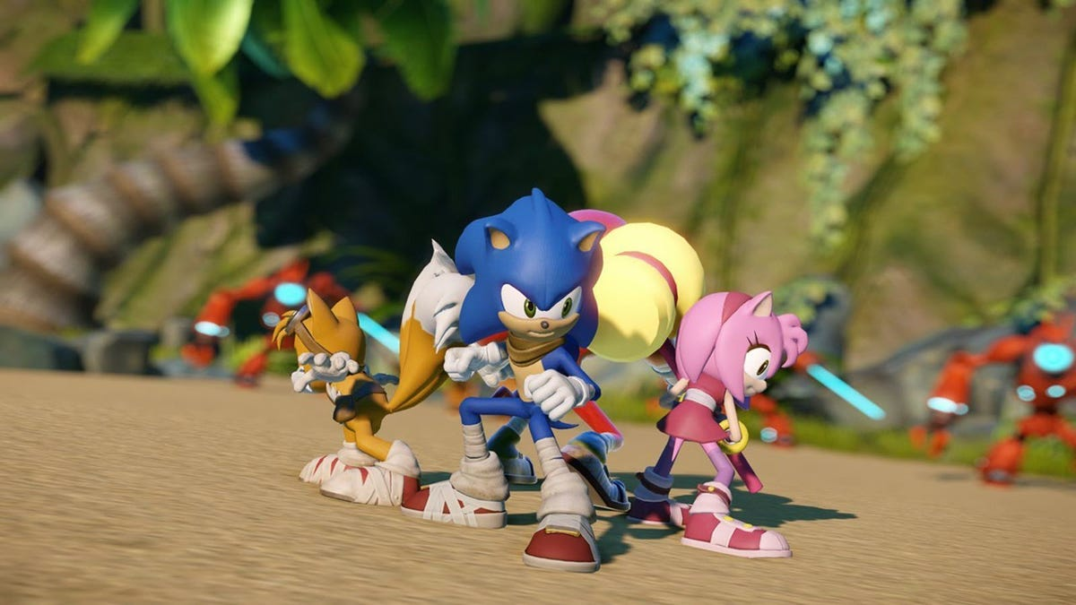 Sonic and other characters from the 'Sonic Boom' tv show.