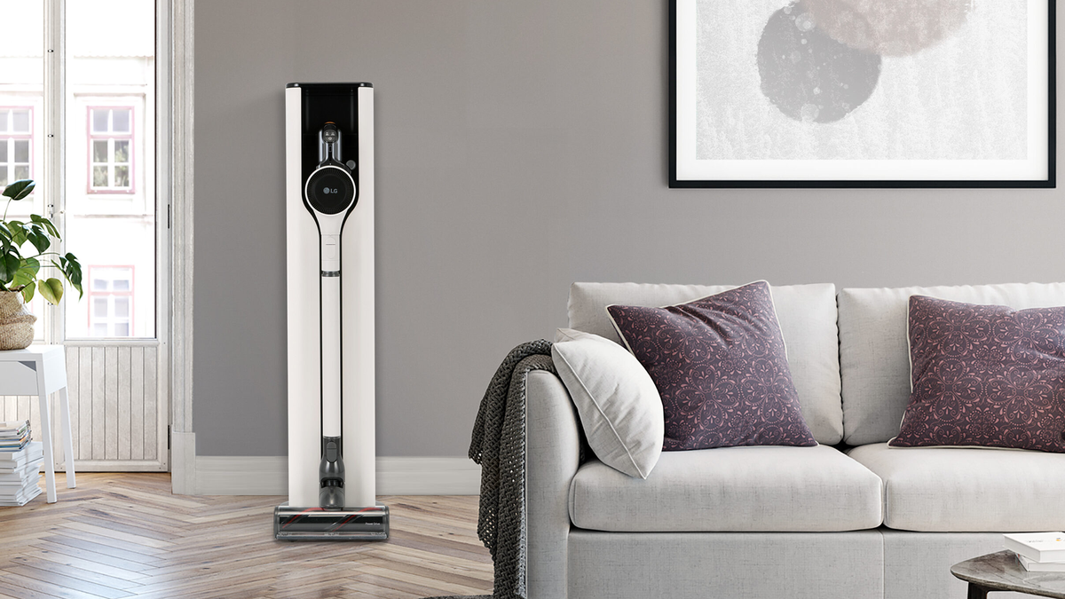 A photo of the LG CordZero ThinQ A9 Kompressor cordless vacuum.