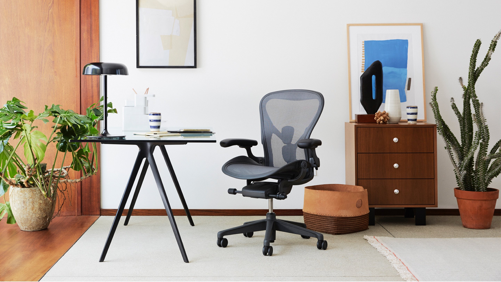 Herman Miller Aeron in light office with plants and modern furniture