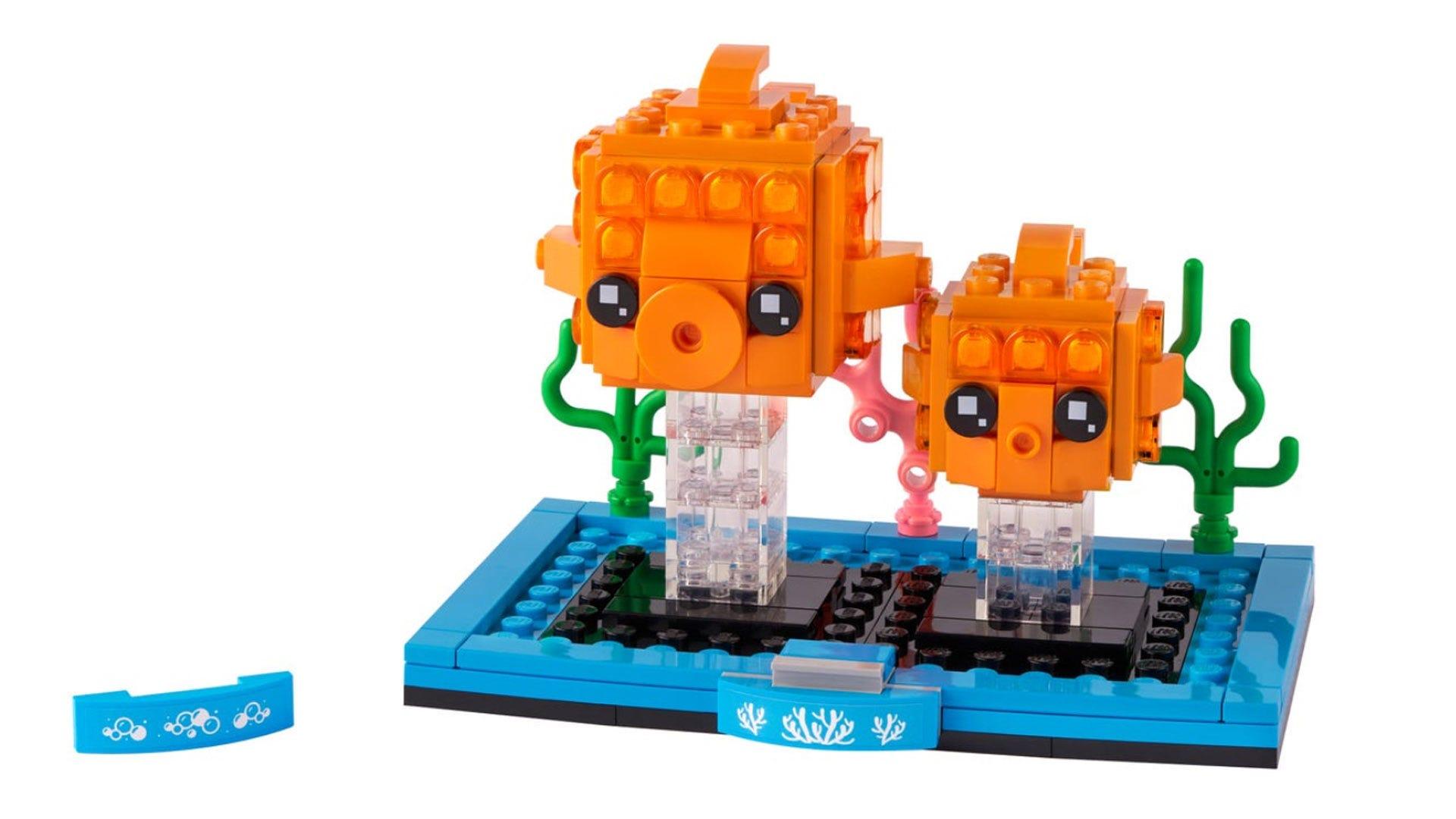 LEGO Brickheadz goldfish
