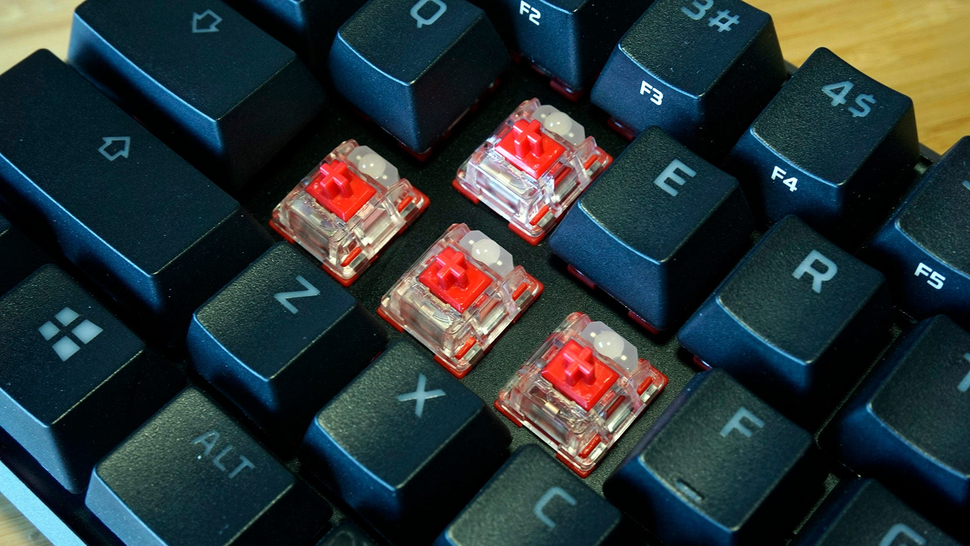 HyperX Alloy Origins 60 red switches