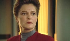 What We're Watching: Let's Watch 'Star Trek: Voyager' Again to Remember Janeway