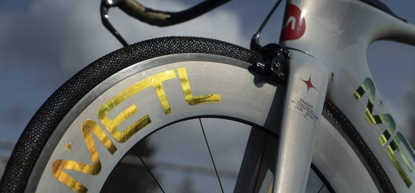 Smart's NASA-Inspired Airless Metal Bike Tires Promise Never to Pop