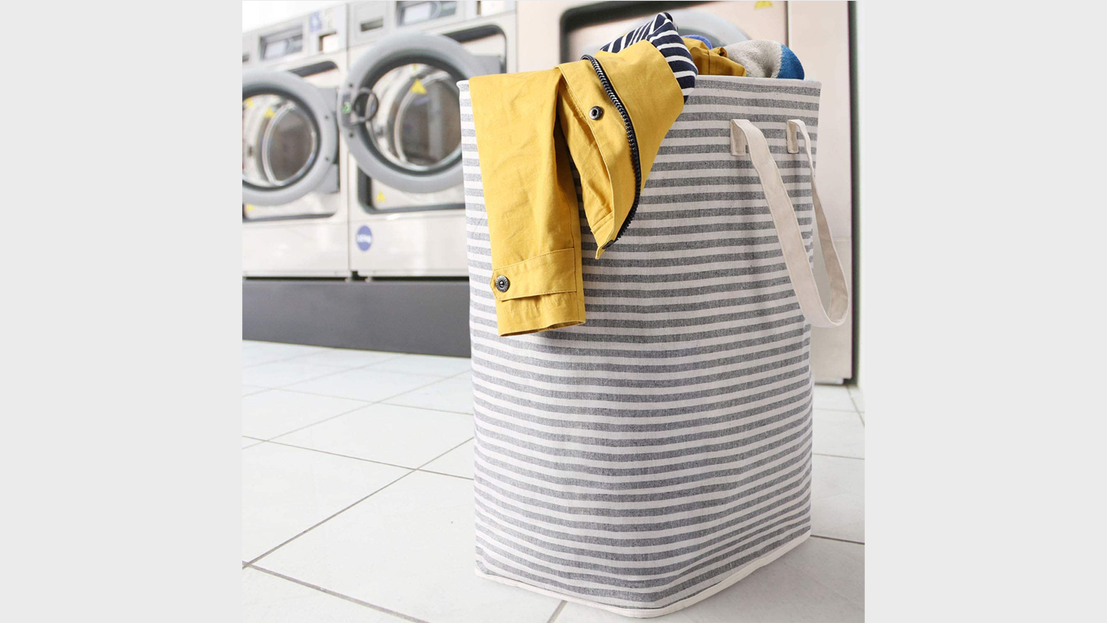Collect Your Laundry in This Collapsible Freestanding Hamper
