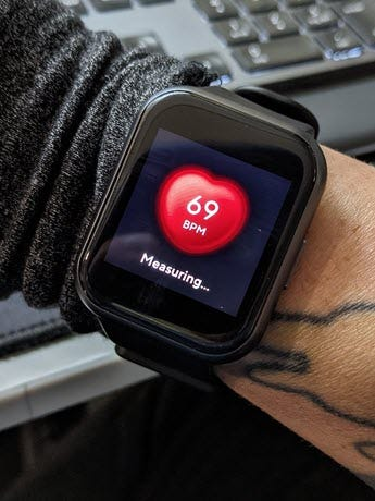 Watch 44 Heart rate screen.