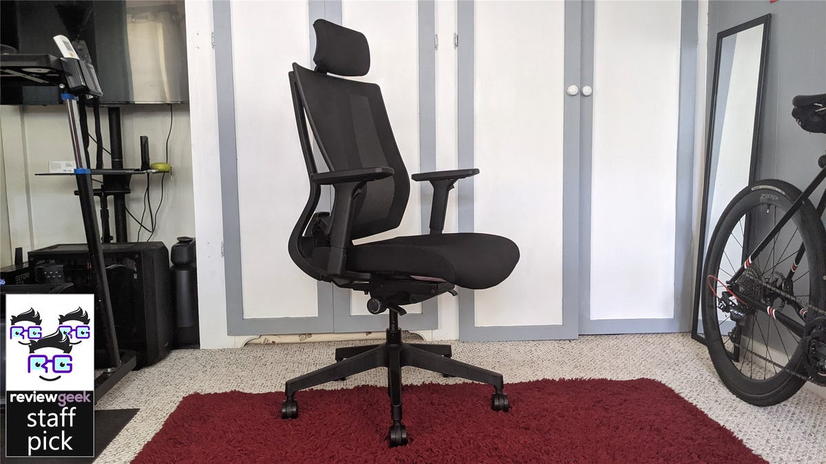 The Vari Task Chair in a home office setting