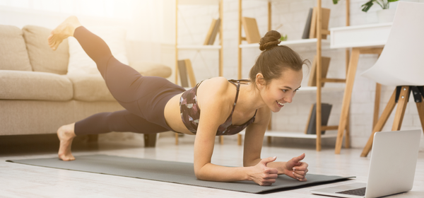 These 4 Yoga Apps Will Help You Strike a Zen Pose