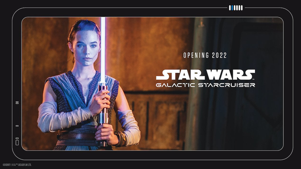 """See Disney's New """"Real"""" Lightsaber at Star Wars: Galactic Starcruiser in 2022"""